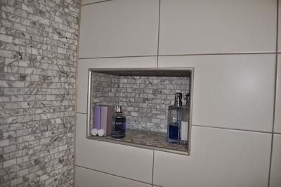 Hylla till dusch