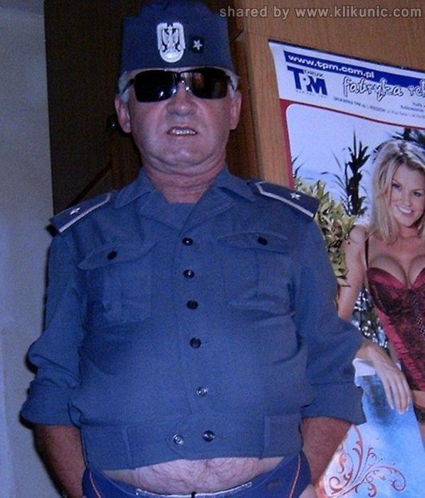 http://3.bp.blogspot.com/-wQo6HMefLrY/TXiUgh8mowI/AAAAAAAAQow/AXgkrv49VcQ/s1600/army_05.jpg