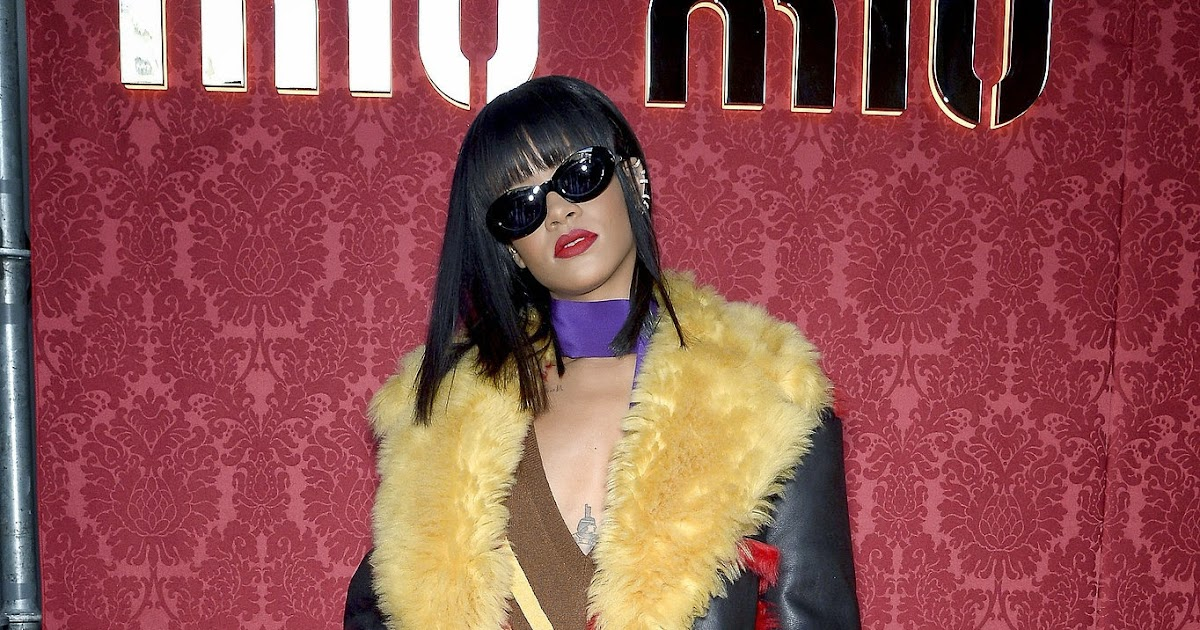 Ladies in leather gloves and boots - Leather Leather Leather Blog Rihanna Leather Coat Miu Miu Show 7 Uhq