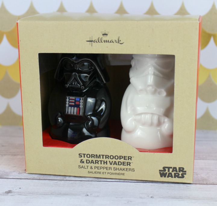 Hallmark Gold Crown Star Wars™ Salt and Pepper Shaker Set