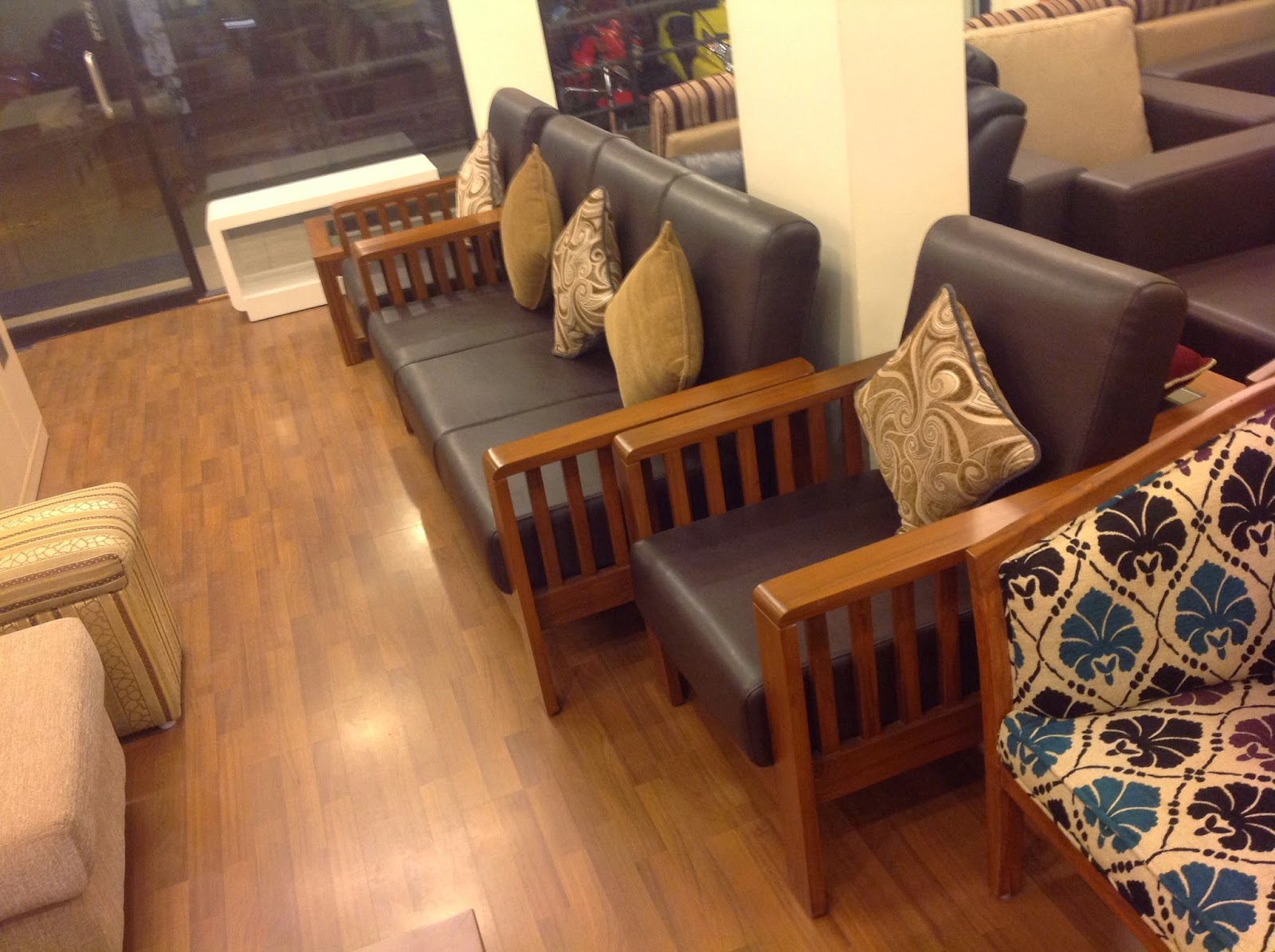 Best Selling Sofa Set Of Royal Touch