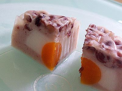 bánh trung thu rau câu nhân trứng muối - đậu đỏ
