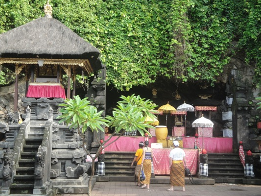 Bat Cave Temple - Goa Lawah Klungkung Bali Holidays, Tours, Attraction