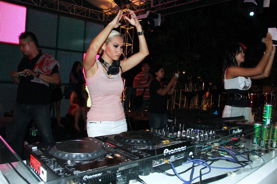 DJ Milinka Model Majalah Dewasa