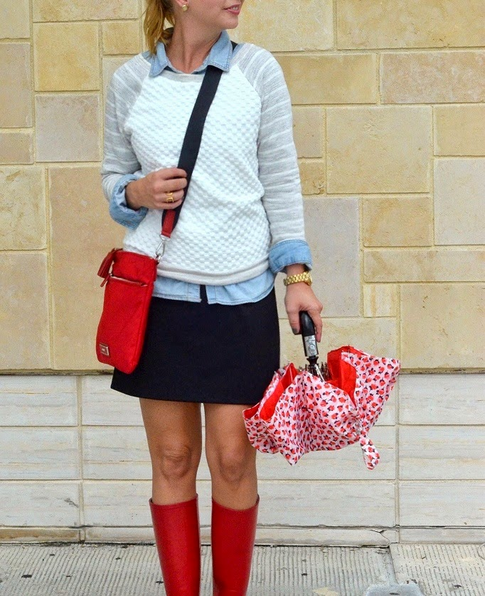 Golden Tote Gray Sweater