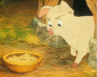 Hen Wen Black Cauldron 1985 animatedfilmreviews.blogspot.com
