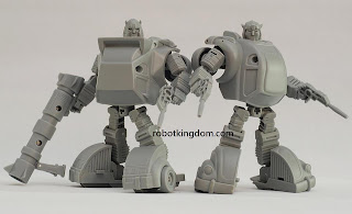 "iGear MW-12 & 13 ""Rocky"" and ""Stinger"" [Cliffjumper and Bumblebee] Transformers 3rd Party Figure (prototypes)"
