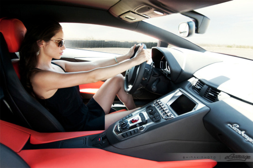 lamborghini+aventador+and+girl+06.jpg