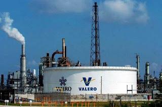 Tanque de almacenaje de petróleo de Valero