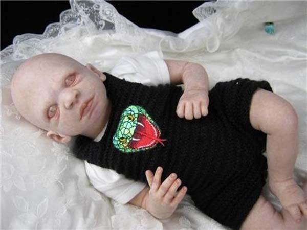 Voldemort Harry Potter baby doll (11 pics)