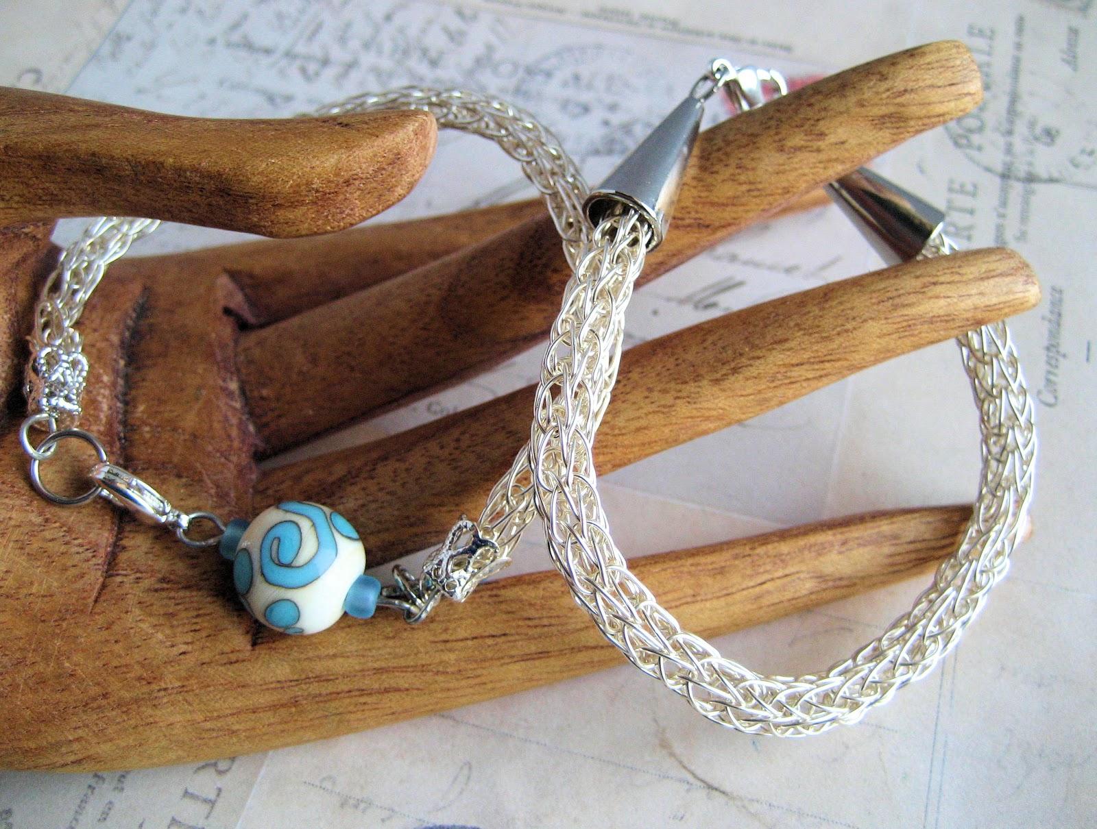 Knot Just Macrame by Sherri Stokey: Learning Viking Knit