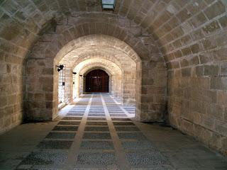 Corridor, entrance into the church, public domain photos