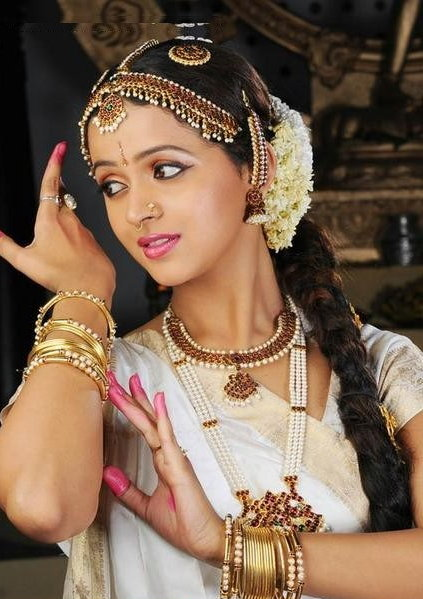 Bhavana in Danicing Dress Photoshoot images