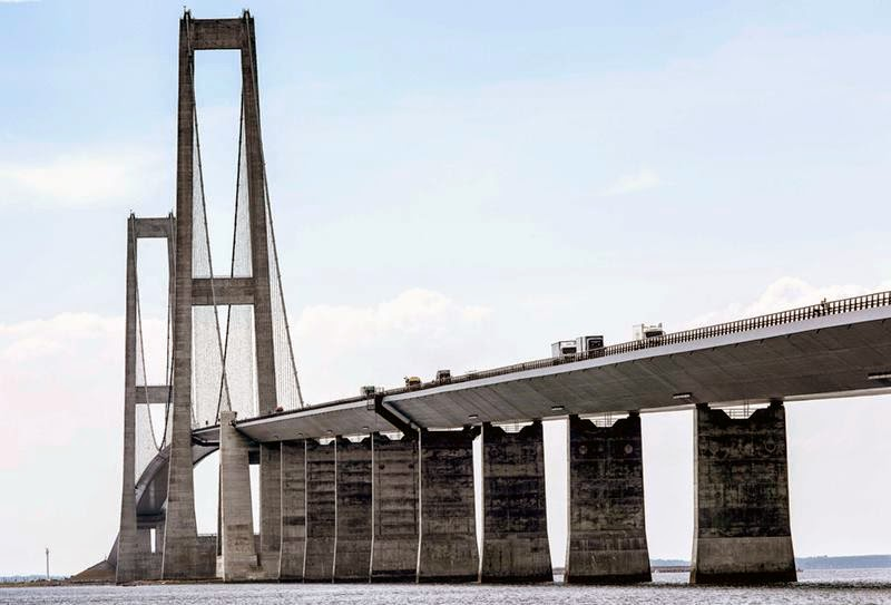 The 7.8 kilometres-long cable-stayed bridge forms an important part of the fixed link between Denmark and Sweden.