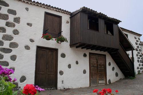 Arquitectura en la palma for Modelos de escaleras exteriores para casas