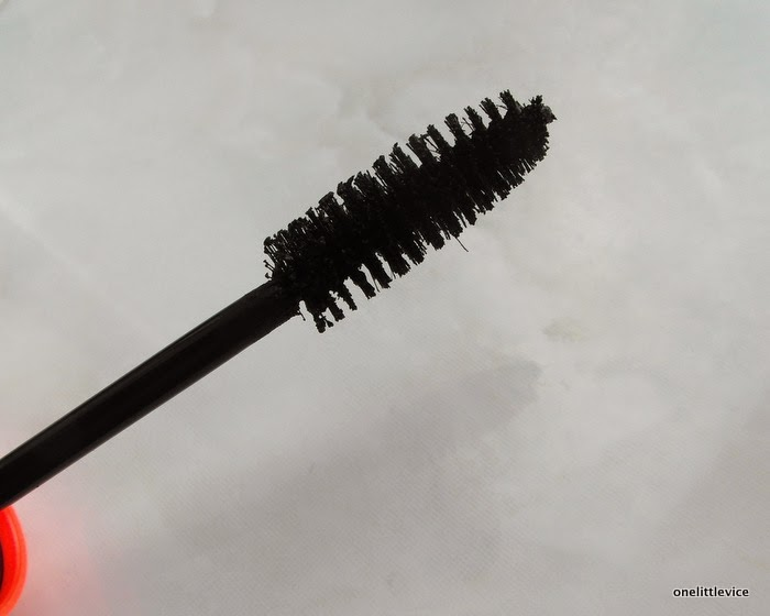 affordable drugstore mascara W7