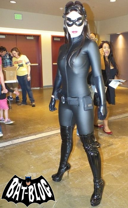 THE DARK KNIGHT RISES CATWOMAN - Costume Cosplay by Kimberly Moore!  sc 1 st  Bat-Blog & BAT - BLOG : BATMAN TOYS and COLLECTIBLES: THE DARK KNIGHT RISES ...