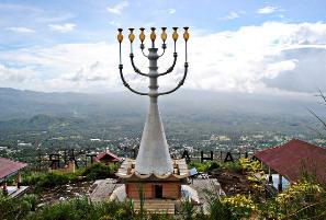 Kisah Orang Indonesia Keturunan Yahudi