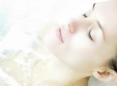halcyon days the scoop on epsom salt should i shower after epsom salt bath epsom salt eczema