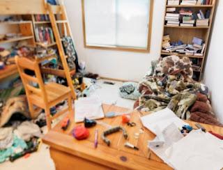 أفكار رائعة لتنظيم حياتك ووقتك - فوضى - غرفة غير مرتبة