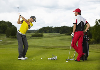 Tee up with golf gear for sports fans
