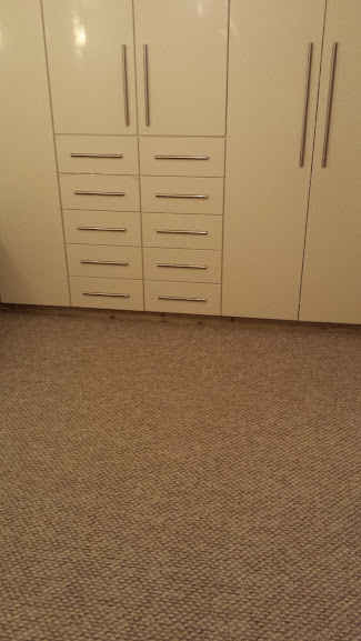 Carpets fitted in the vedroom