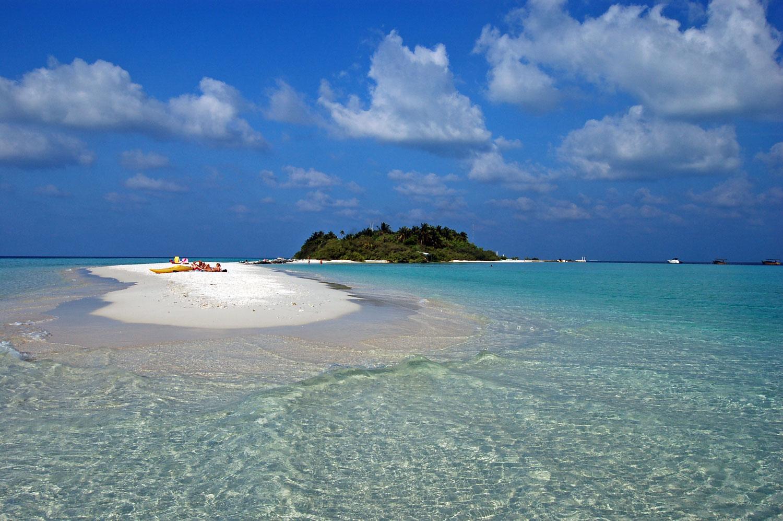 sun island beach maldives style my beach. Black Bedroom Furniture Sets. Home Design Ideas