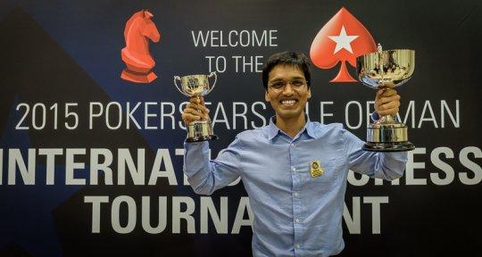 Visiblement heureux et soulagé, le vainqueur indien Pentala Harikrishna fera un petit discours de remerciements aux organisateurs de l'événement - Photo © Alina L'Ami