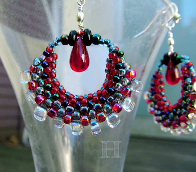 Hoola Hoop Earrings in Circular Peyote Stitch
