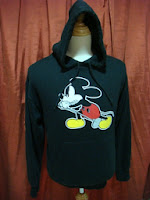 SWEATER MICKEY X NO 9...