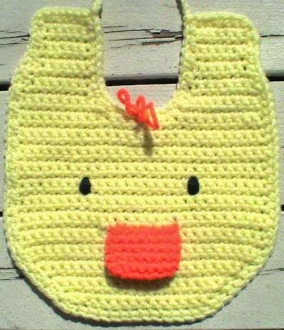 http://crochetcafe.blogspot.com/2005/04/duckie-bib_29.html