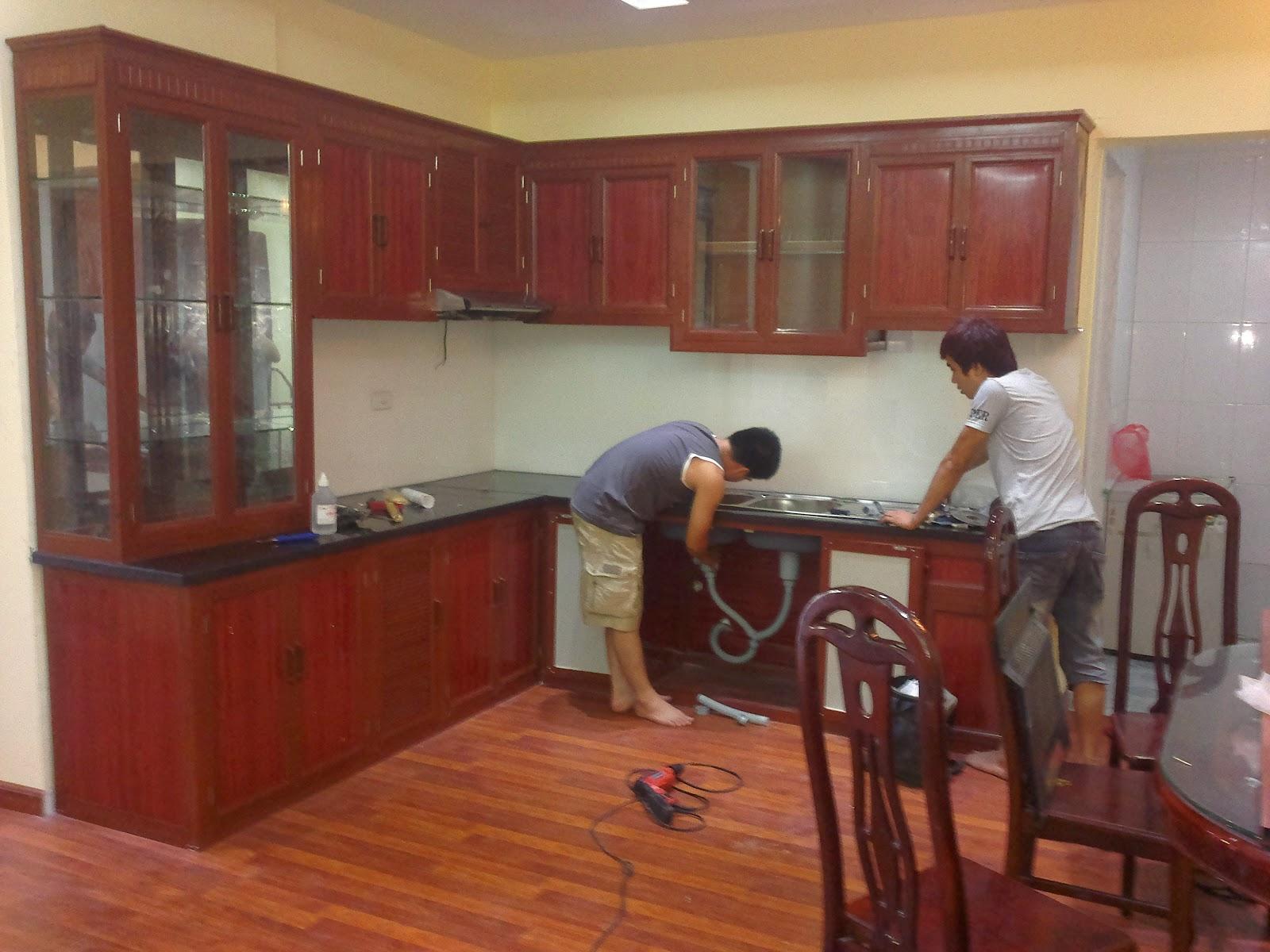 tủ bếp nhôm kính treo tường 2