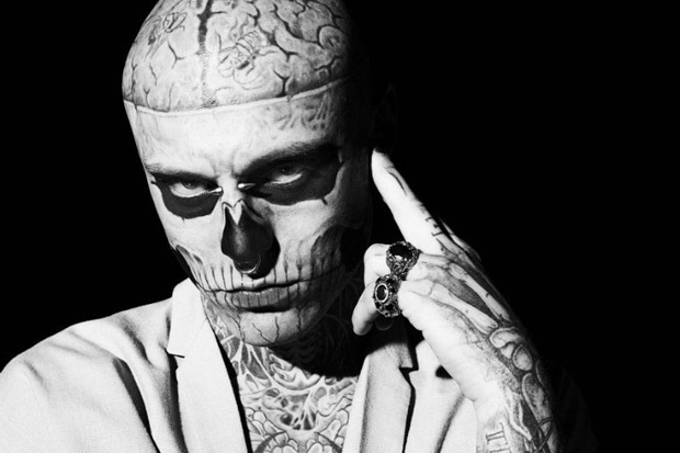 Flying Vibes Rick Genest Pour Gq Italie