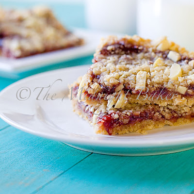 Raspberry Almond Oatmeal Bars