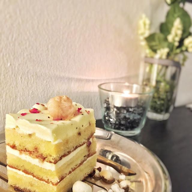 Monochrome Bistro - Rose Lychee Cake