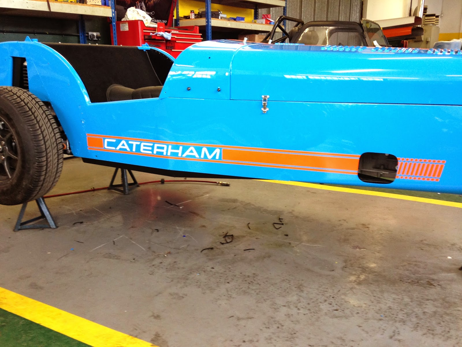 Offside view of Caterham R500 decals, now correctly aligned too
