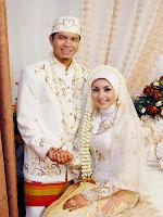7 Pernikahan Paling Aneh di Dunia