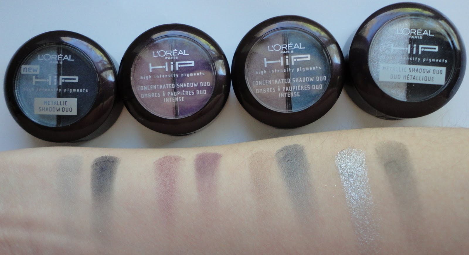 Connie Reviews: Review & Swatches: L'Oreal HiP Duo eyeshadow