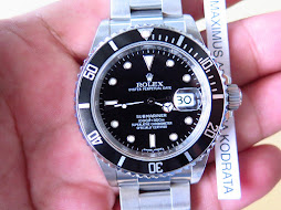 ROLEX SUBMARINER DATE - ROLEX 16610 - SERIE V YEAR 2009 - FULLSET BOX AND PAPERS - MINTS CONDITION