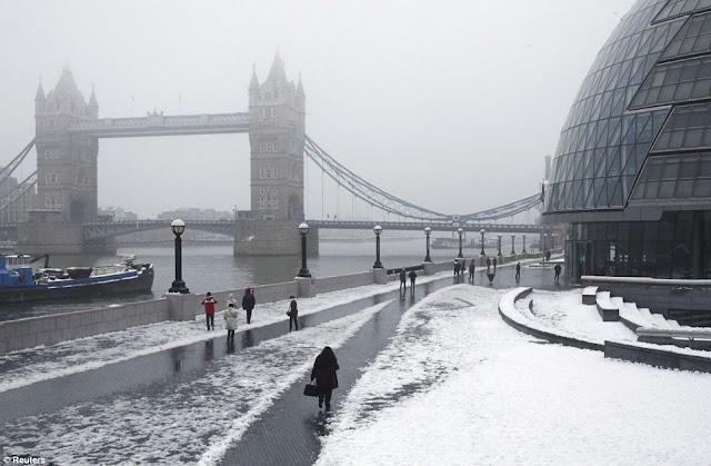 Tower Bridge Jan 2012 Images