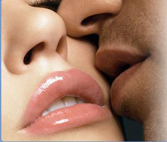 القبلة ( البوسة ) فوائدها وأثرها على العشاق  .. البوس و لغة الشفايف