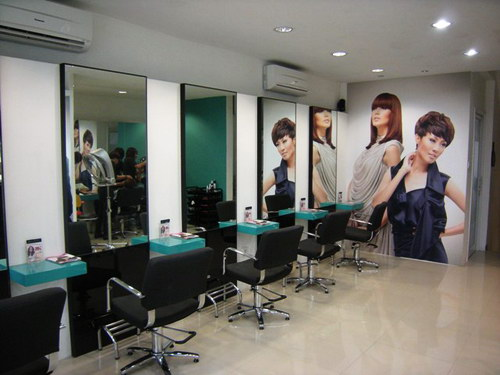 Salon RUDY by Rudy Hadisuwarno