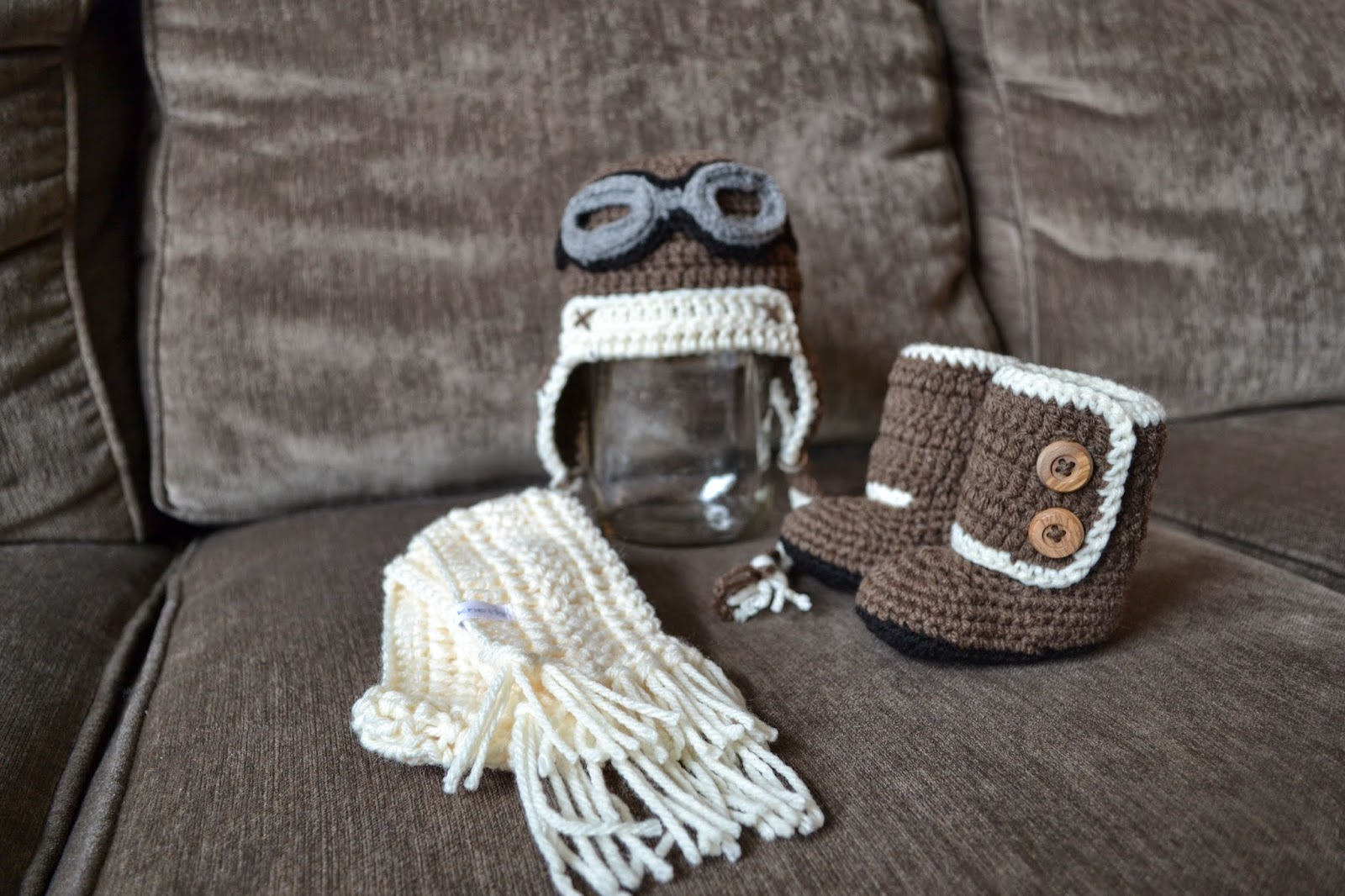 Knotty Knotty Crochet: Little flying ace hat, scarf and boot FREE ...