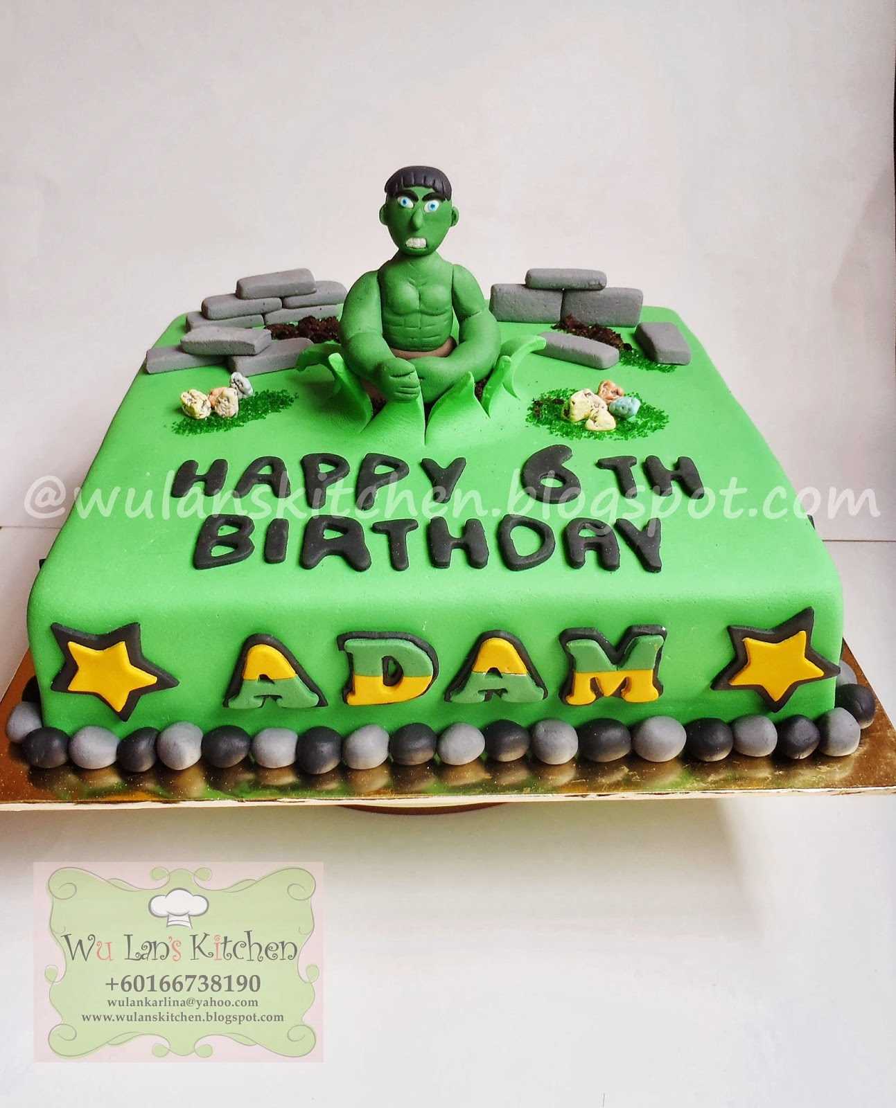 CHOCOLATE CAKE WITH HULK THEME