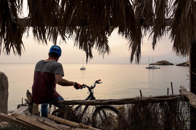 Ibiza, Isla Blanca, Techno, party & bikes