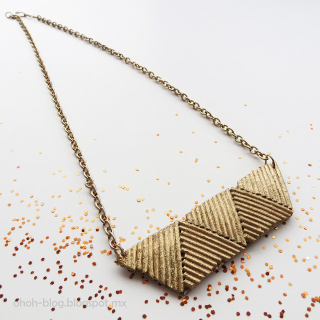 Pasta necklace / Collar