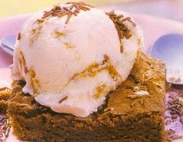 Receta Brownie mas helado de vainilla
