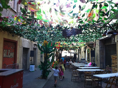Jungle Calle - Barcelona Sights