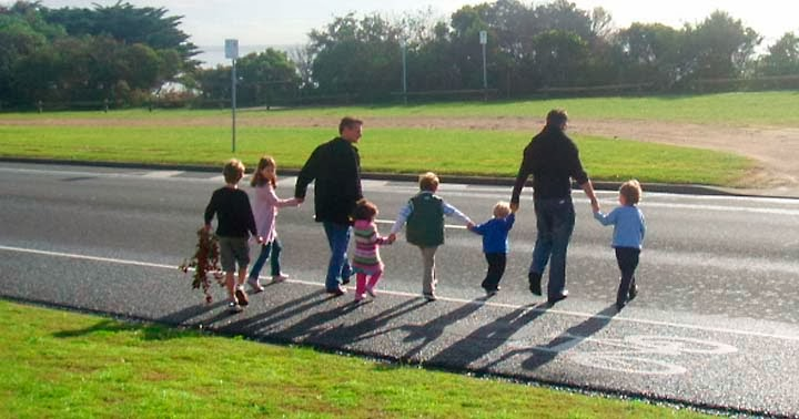 How To Teach Your Children Stay Safe On The Road
