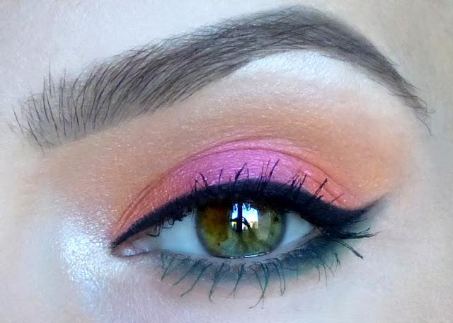 Orange Sorbet - makijaż trzema pigmentami wybranymi przez Kunę Domową